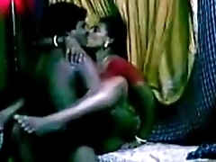 Indian Amuter Horny maid gets fucked by house owner bedroom - Wowmoyback
