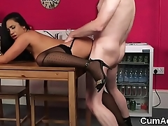 Naughty peach gets cumshot on the brush face gulping all the cum