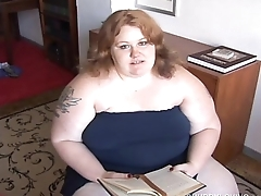 Raunchy chubby redhead loves round fuck her fat juicy pussy for you