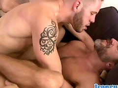 Mature hunk icon Dirk Caber assfucked