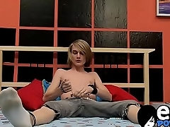 Preston Andrews loves to show withdraw his wanking technique