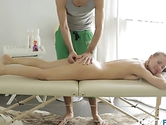 Sexy stunner came for a massage but got a lot more
