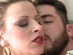 Billie Jo me pone - Billie Jo fucks on the pool